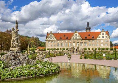 Der barocke Prachtgarten vor dem Schloss in Weikersheim